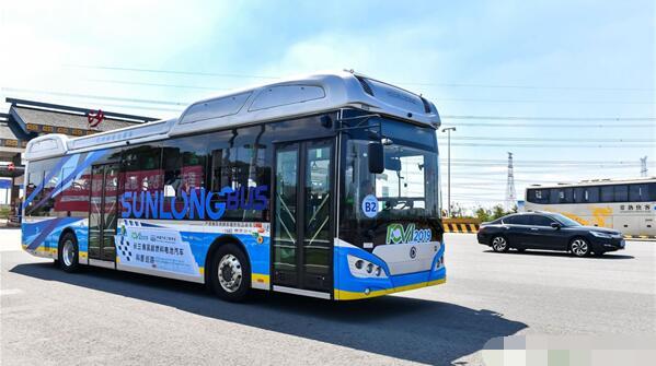 申龙氢燃料电池客车参与2019长三角氢能燃料电池汽车科普巡游