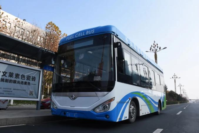 长安氢燃料电池城市客车示范运行 综合续航超500公里