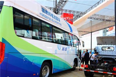 德威新材与合肥工大联合研发氢燃料电池汽车 年产10000台以上