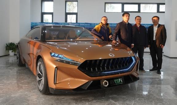 黄冈副市长周勇士考察格罗夫氢能源汽车