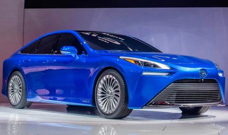 丰田氢燃料电池汽车10月日本上市 售价50万元|续航650KM