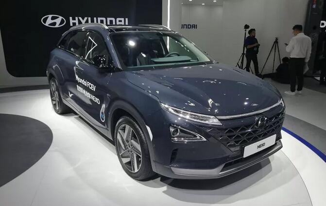 现代氢燃料电池汽车NEXO亮相2020广州车展 续航800KM
