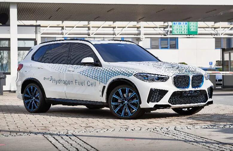 宝马X5氢燃料电池汽车2022年推出 最大续航里程约为750公里