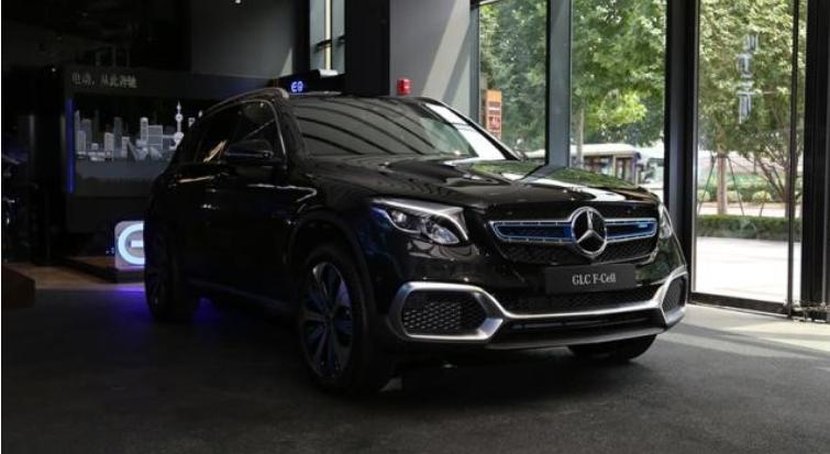 奔驰氢燃料电池汽车GLC F-CELL车型亮相2019亚洲CES