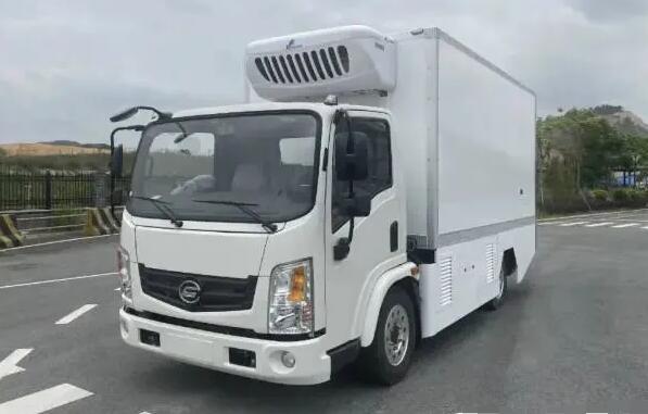 4.5T飞驰固态氢燃料电池冷藏车亮相 F类冷藏车厢容积达19.2m³